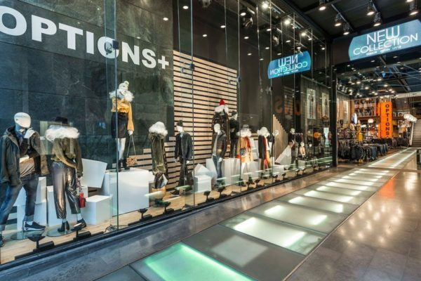 tienda-options-plus-via-moda-interior-exterior